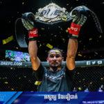 ថៃសាច់ឈាមខ្មែរសុរិន្ទ SAM-A ឈ្នះខ្សែក្រវាត់ ONE World Championship លើកទី២